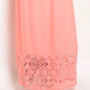 Dresses - Pretty in pink maxi dress